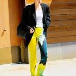 Gigi Hadid displays her bold sense of style in tie-dye flares at NYFW 💥👩💥