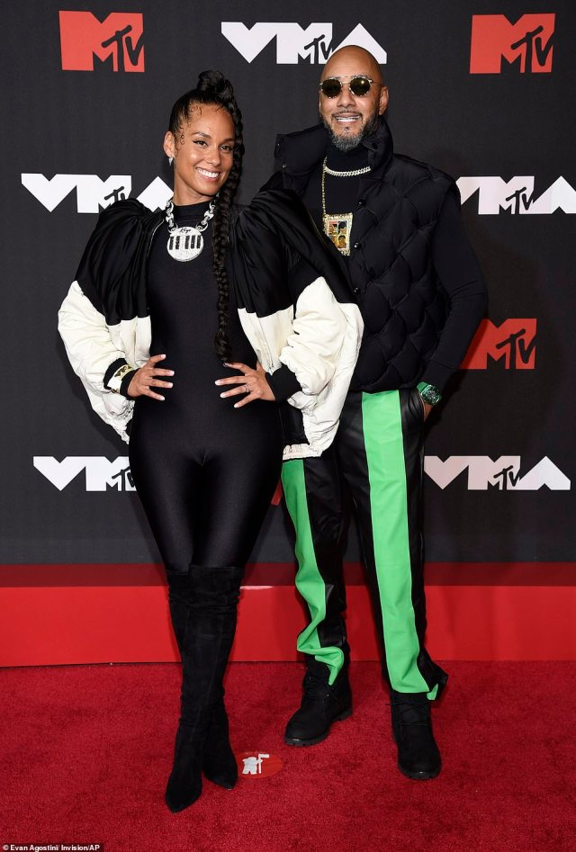 Flashback: Alicia Keys and Swizz Beatz looked like quite the couple in 90s-inspired attire by Louis Vuitton