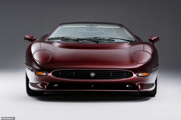 Despite the winning bid being £60,000 higher than the lower estimate and £46,000 higher than the previous auction record, it was £10,000 less than the XJ220's new cost in the early nineties.