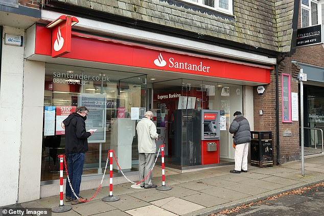 As of July 2021, 3.9 million customers were earning cashback on their bills through Santander's current accounts.