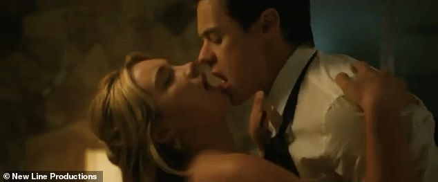 Trailer:Harry Styles shared a steamy kiss with his co-star Florence Pugh in a teaser trailer for their upcoming thriller Don't Worry Darling
