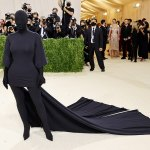 Kim Kardashian goes undercover! Kanye West inspires ex to swap sexy frocks for balaclava at Met Gala 💥👩💥