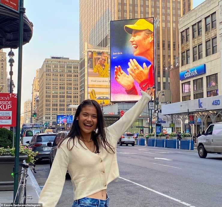 Emma Raducanu posted this picture on Instagram today after her win, in front of a photo of herself on a New York billboard