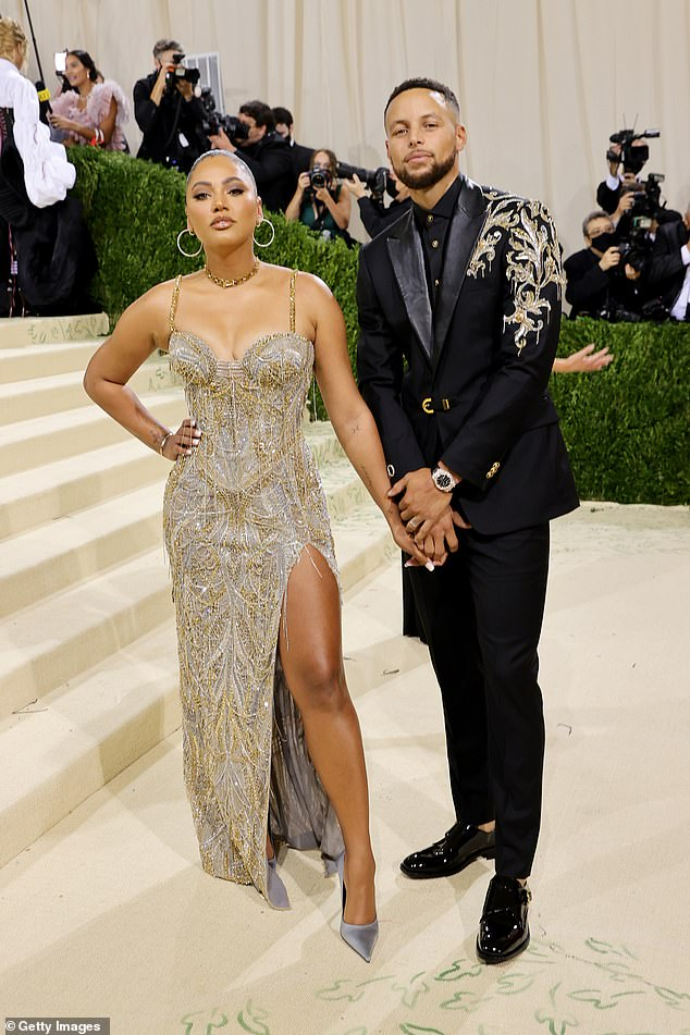 The latest:Stephen and Ayesha Curry, 33 and 32, made a glamorous impression in their Met Gala debut Monday evening at New York City's Metropolitan Museum of Art