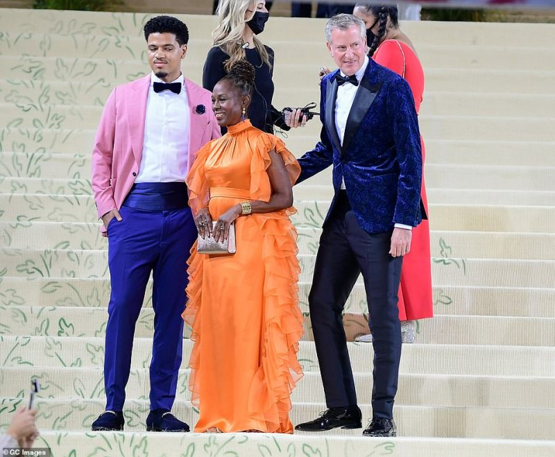 Dante de Blasio, Chirlane McCray and New York City Mayor Bill de Blasio attend The 2021 Met Gala Celebrating In America:A Lexicon Of Fashion on September 13, 2021