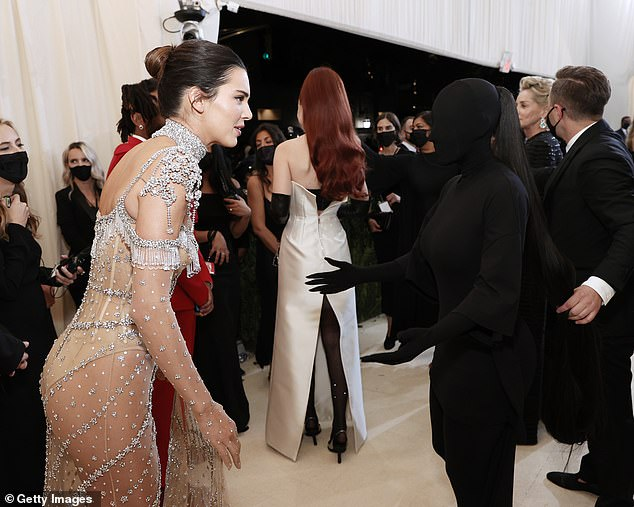 Look at that! Even Kendall seemed shocked by her sisters edgy ensemble
