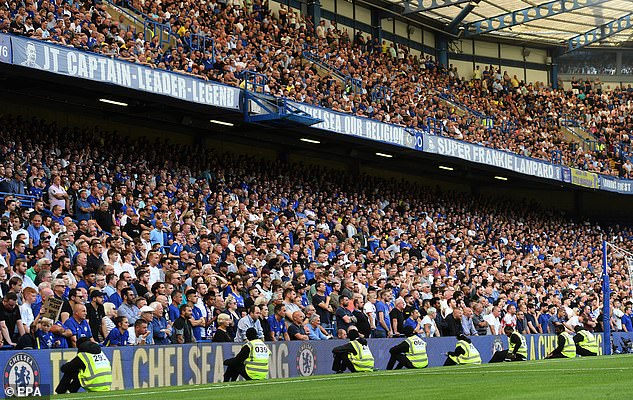 Premier League clubs will continue to employ Covid marshals at games to carry out checks