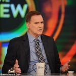 Comedian Norm Macdonald dies at age 61 after privately battling cancer for nine years 💥👩💥