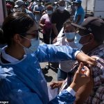 US will mandate the COVID-19 vaccination of all new immigrants, but not illegal border crossers 💥👩💥