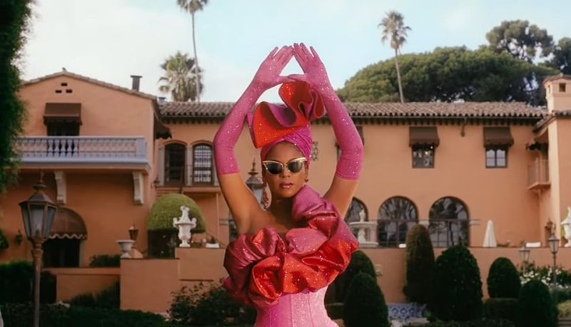 The home also serves as a backdrop in the music video to the song Mood 4 Eva by Beyoncé (seen above)