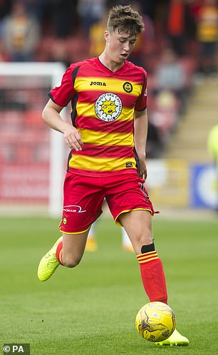 Hendry made his professional debut for Partick Thistle