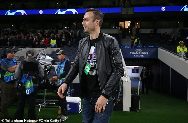 Former United striker Dimitar Berbatov believes the Dutchman maybe running out of time to save his career at Old Trafford