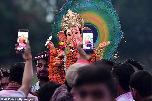 Lasting from 10 to 19 September, Ganesh Chaturthi celebrates the birth of Ganesha with fasting and prayer, followed by feasts, martial arts exhibitions and a public procession.