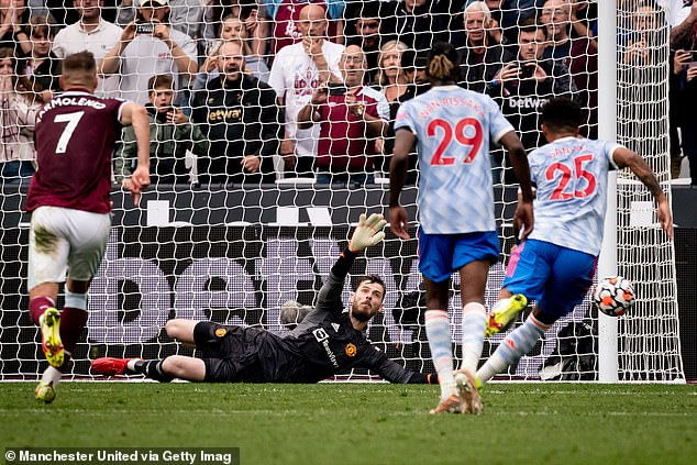 De Gea failed to save his last 41 spot-kicks he faced before thwarting Noble's attempt