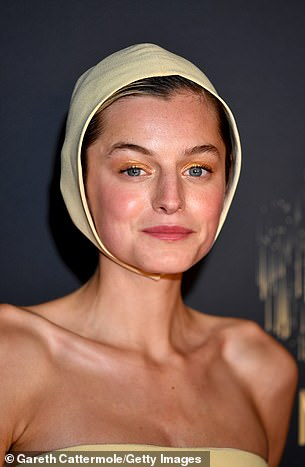 The 25-year-old actress took inspiration from the 1996 film as she wore a light yellow bonnet and matching long-length dress for a red carpet event.