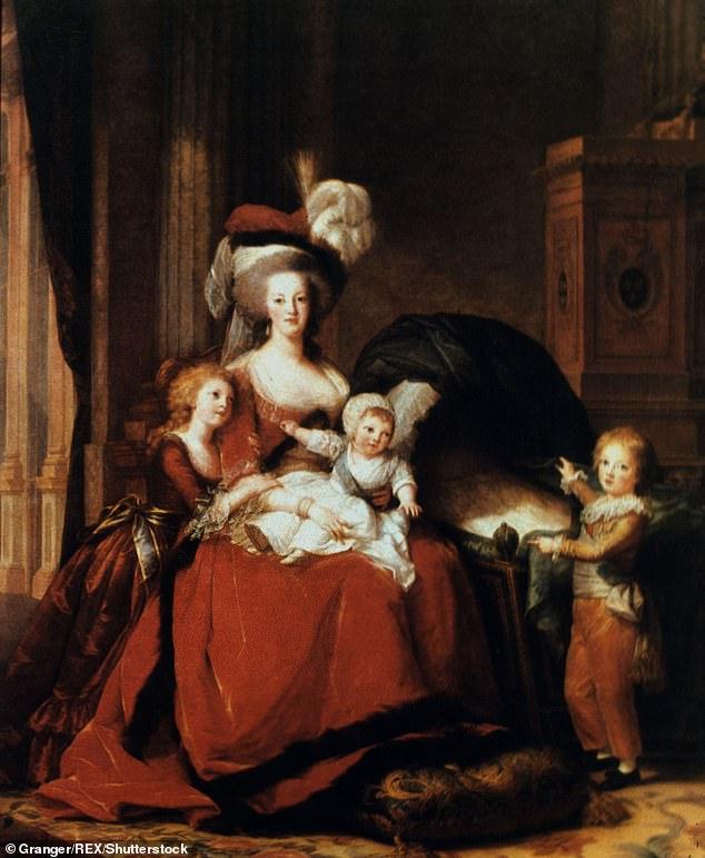 Marie Antoinette with her three children, wife of Louis XVI, painted by Elisabeth Vigi-Lebrun, 1787
