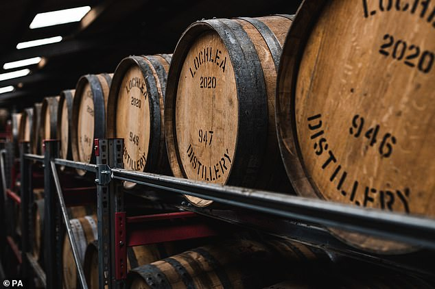 Experts warn on online ads that offer a chance to buy mature whiskey casks and claim highly questionable returns of around 10 percent per year.