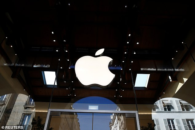 , Apple's VR headset is set to go on sale in fall of 2022 with estimated $2K price tag, The Today News USA