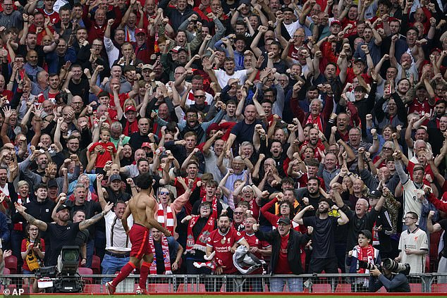 Premier League confirms supporters do not need double vaccination