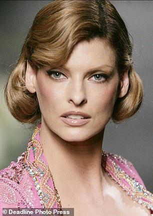 , Cindy Crawford, Christy Turlington, and Naomi Campbell show support for Linda Evangelista, The Today News USA