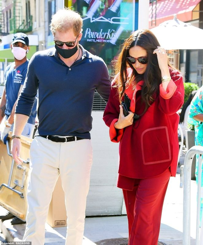 After visiting the Harlem school, Meghan and Harry stopped by at Melba's soul food restaurant in Harlem (seen leaving)
