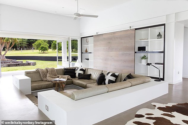 Price: According to Realestate.com.au, the secluded contemporary property, which spans 10 acres, costs up to $ 4,000 a night