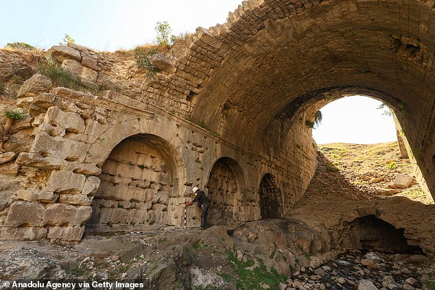 It was built during the Roman era and was designed to be very large to give it an edge over other ancient cities in the region – including Ephesus and Smyrna.