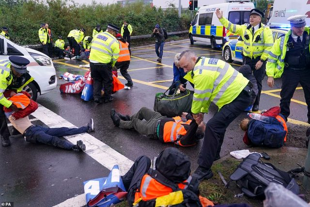 Under the planned new legislation, activists who bring vital transport arteries to a standstill will face up to six months in prison or unlimited fines
