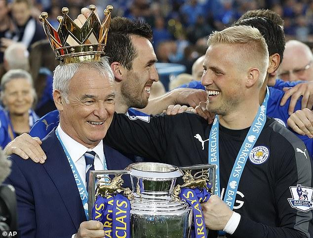 Rainieri (left) led Leicester to the Premier League title in the 2015–16 season