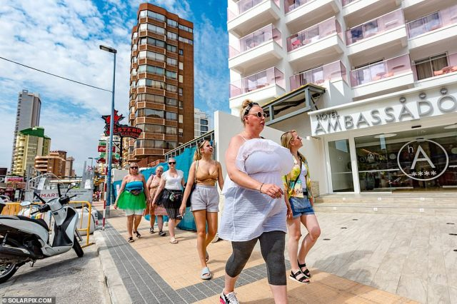 The popular strip is returning to its former glory with Britons parading down Mallorca Street to top up their tans as the UK braces for autumn weather