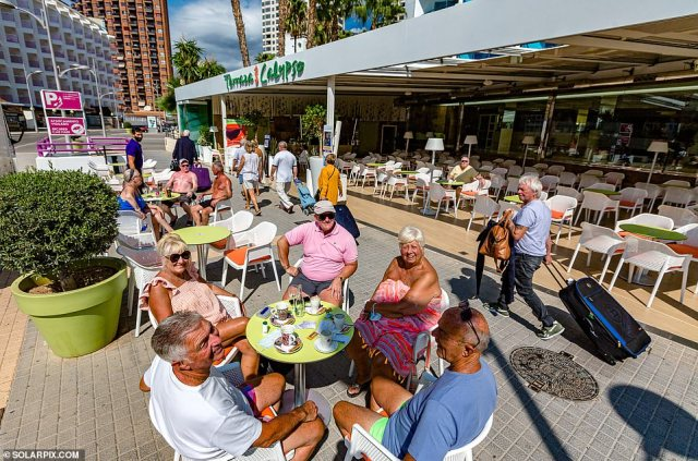 Benidorm's famous entertainers had admitted they were playing to tiny crowds as Brits stayed away before Covid travel rules were relaxed