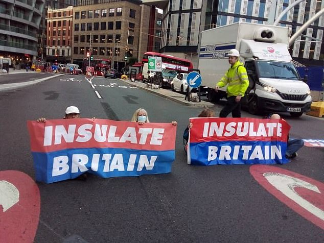 , Insulate Britain's Liam Norton admits he is a 'hypocrite' who 'doesn't care' about insulation, The Today News USA