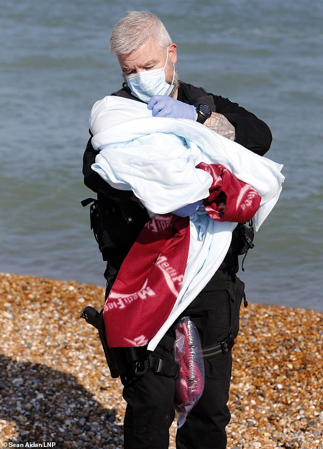 , Lifeboat carries migrants including a 16-day-old baby girl ashore in Kent amid warm weather surge, The Today News USA