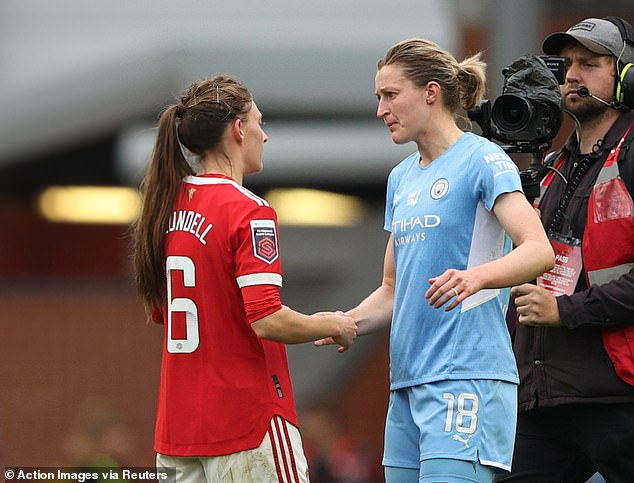 But White had the final say as United leapfrogged Chelsea into third spot in the WSL table