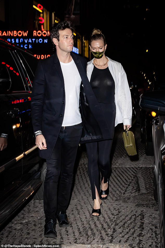 Date night!She walked down the street holding hands with her husband whilst rocking a pair of peep toe heels