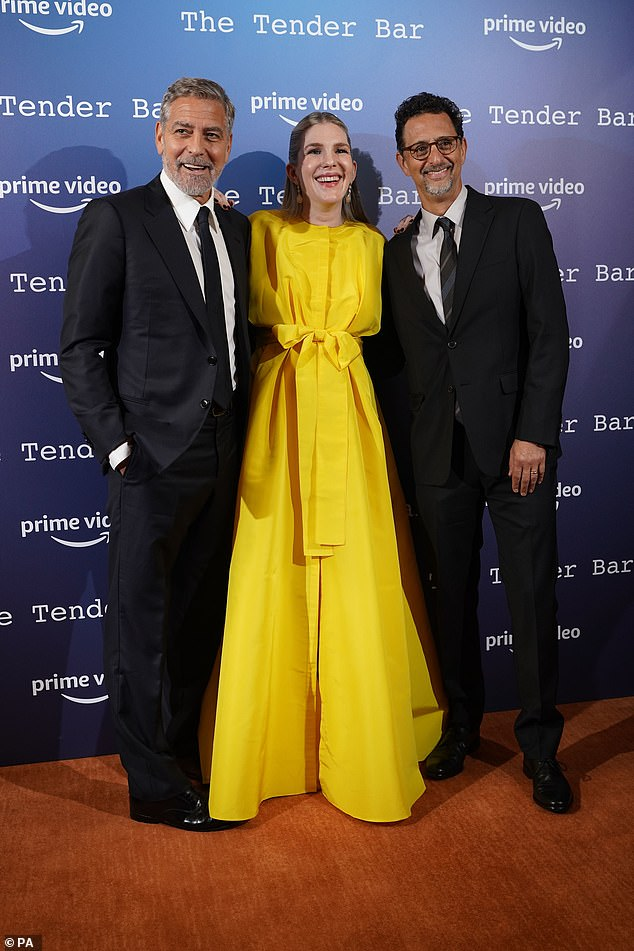 , Pregnant Lily Rabe cradles her growing bump in an elegant yellow gown, The Today News USA