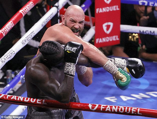 Fury (back) is now one step closer to a unification clash for all the heavyweight belts