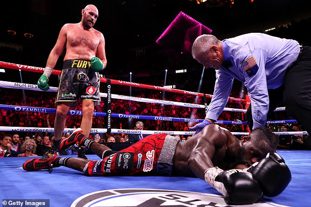 The Gypsy King won a tough contest in the 11th round as the referee stopped the fight