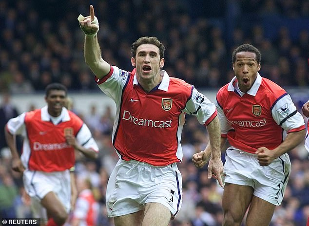 While Manchester United's 'Class of 08' are still in touch on a WhatsApp group, Thierry Henry (right) and Martin Keown (centre) will not be linking up on social media