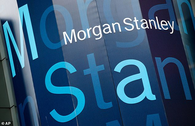 Morgan Stanley¿s investment banking revenues were up 67 per cent from a year ago to £2bn, driven by ¿record advisory revenues¿ as it helped clients on their mergers and acquisitions