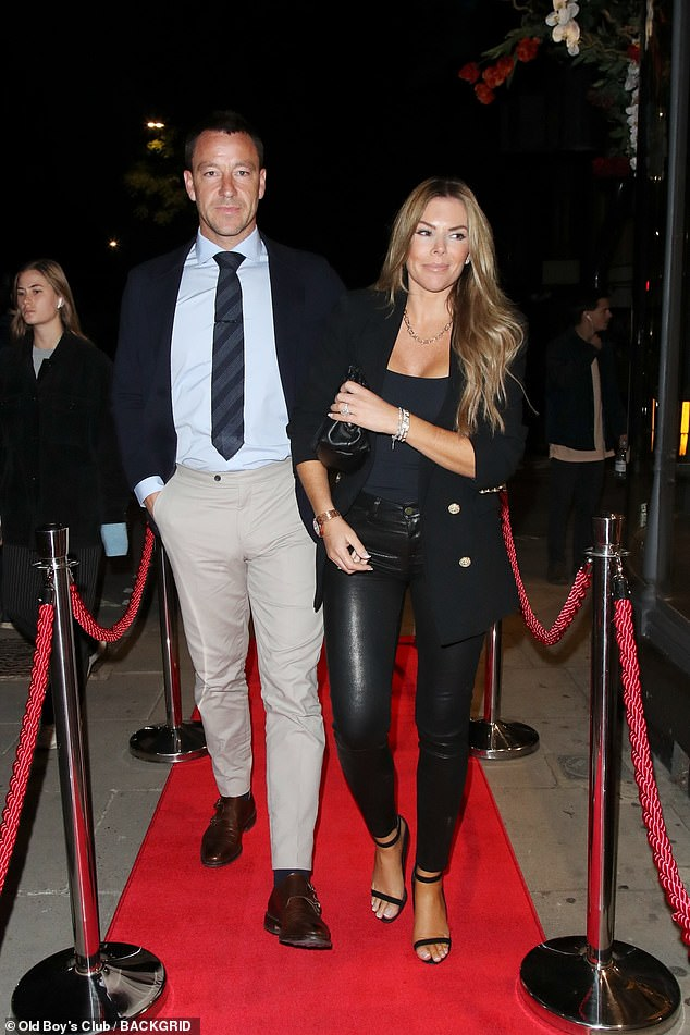 , John Terry looks dapper with his stunning wife Toni as they join a slew of stars atMaddox Gallery, The Evepost BBC News