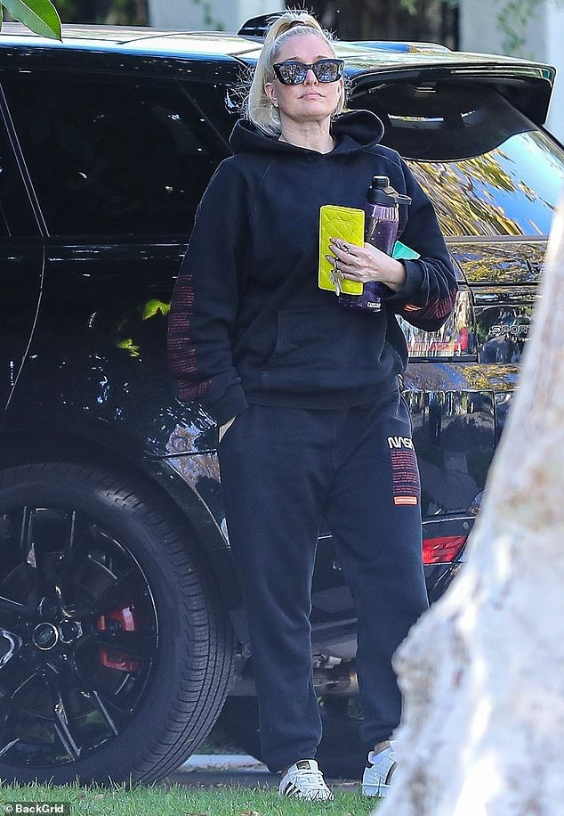 Watch Erika Jayne is noticed returning dwelling from the fitness center in Los Angeles – Celeb gossip