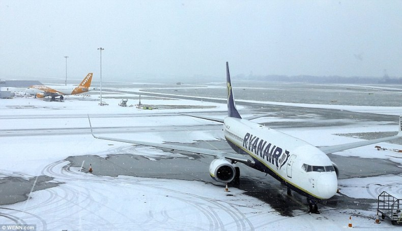 Edinburgh Airport tweeted that most airlines had cancelled services until lunchtime