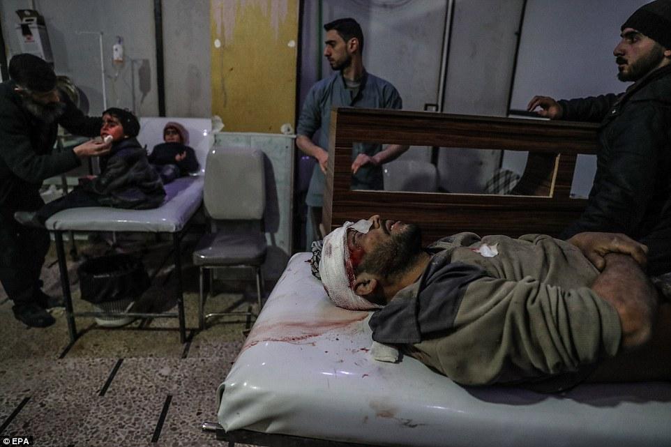 Las fuerzas sirias han lanzado una gran ofensiva para desalojar a los combatientes rebeldes de la zona de Ghouta Oriental, a las afueras de Damasco.