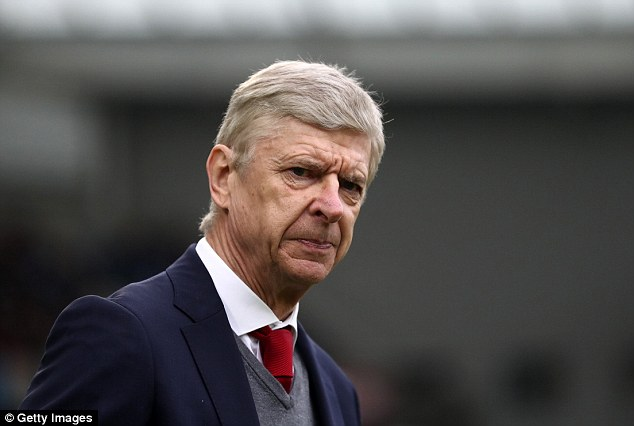 Arsene Wenger has given up on guiding Arsenal to a top four finish in the Premier League