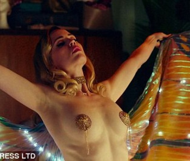 Sexy Melissa George Proved She Was Worlds Away From Her One Time Role On