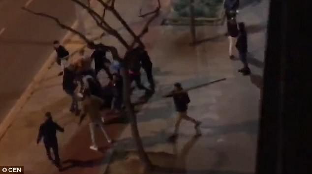 brutal street fight breaks