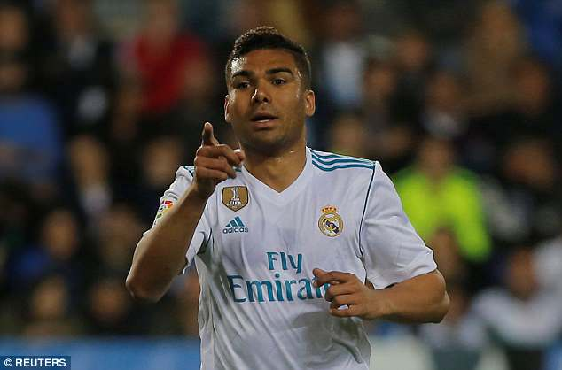 Paris Saint-Germain want to sign Real Madrid midfielder Casemiro this summer