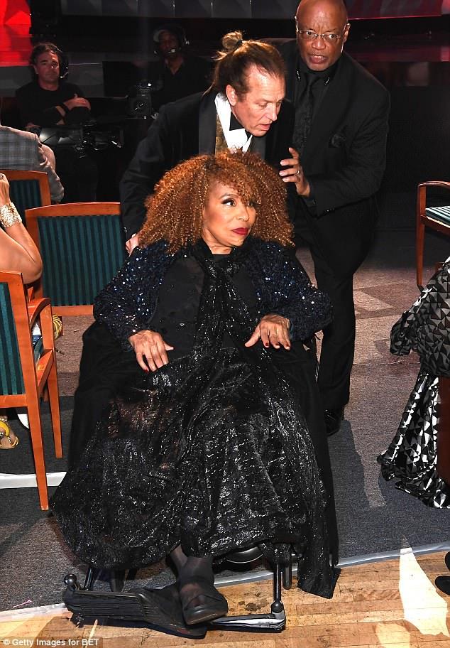 Resultado de imagen de roberta flack wheelchair 2018