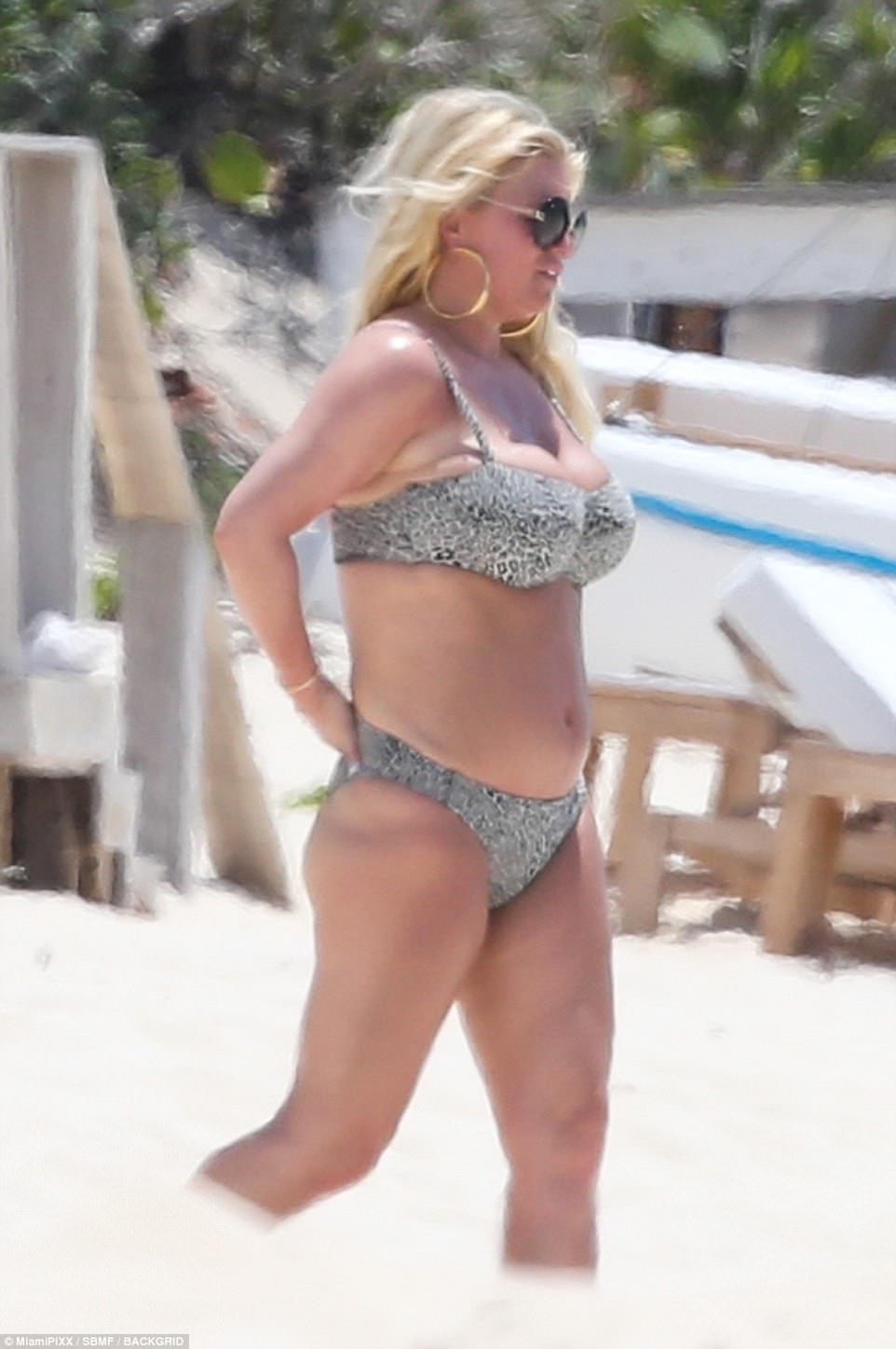 professional makeup chair uk french country dining chairs with arms jessica simpson flaunts body in leopard print bikini on bahamas getaway | daily mail online